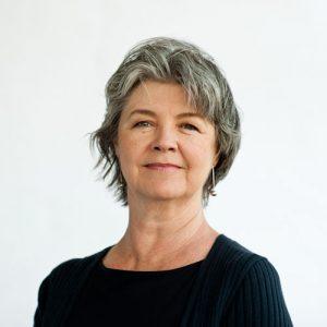 Denise-Holden-portrait
